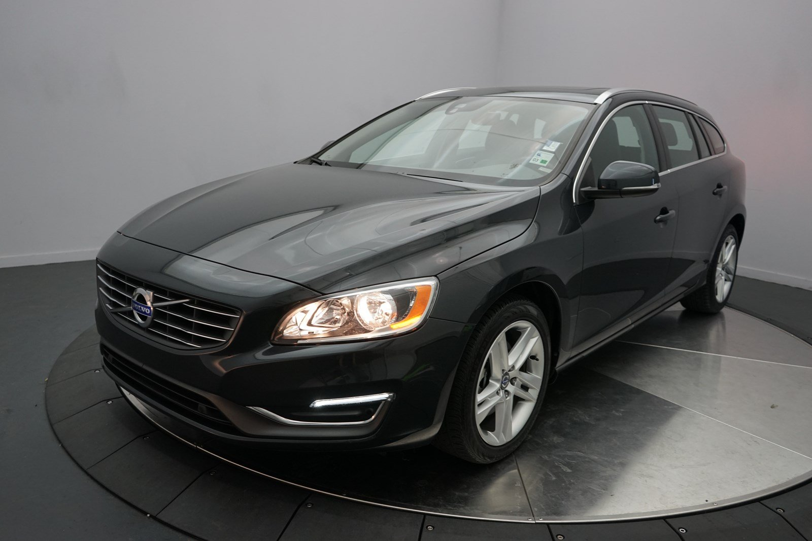 pre owned 2015 volvo v60 t5 drive e premier station wagon in shreveport 9837p holmes european. Black Bedroom Furniture Sets. Home Design Ideas
